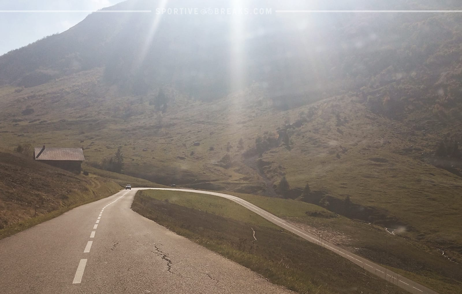 Etape du Tour 2016 Aravis sweeping descent flare